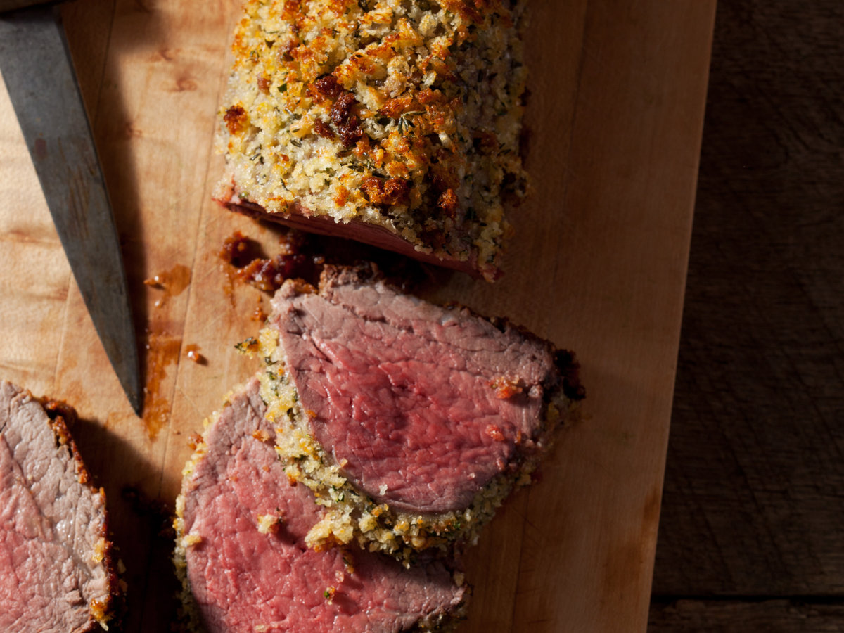 original-201303-r-parmesan-and-herb-crusted-beef-tenderloin.jpg