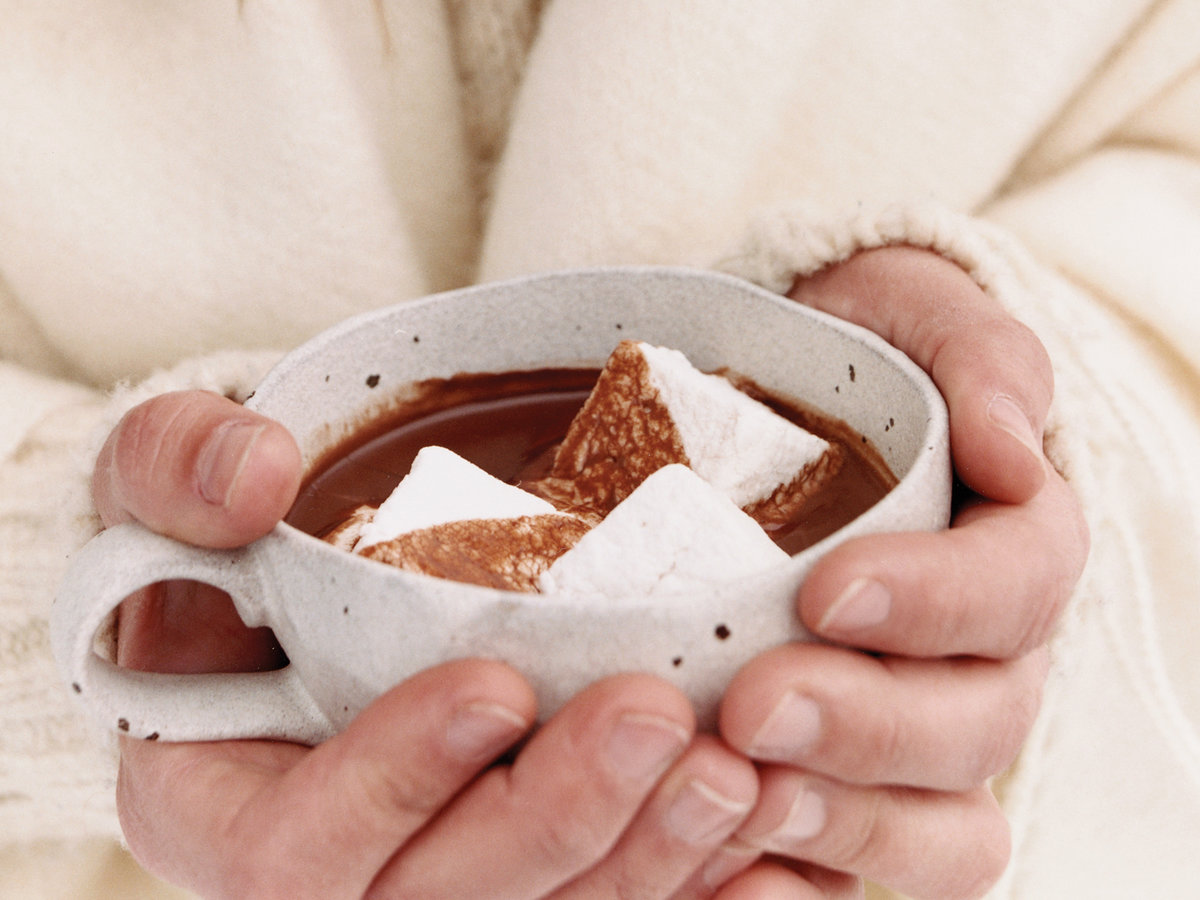 Superrich Hot Chocolate with Coconut Cream