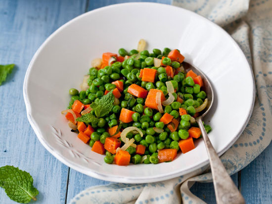 original-201203-r-blogger-minty-peas-and-carrots.jpg