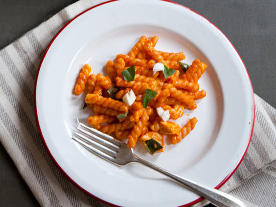 original-201307-r-gemelli-with-creamy-red-pepper-sauce-and-fresh-mozzarella.jpg