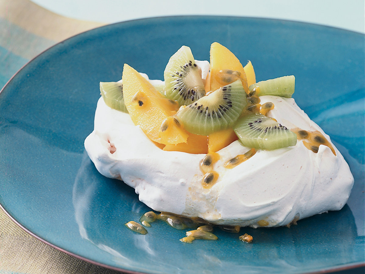 200805-r-coconut-pavlova-fruit.jpg