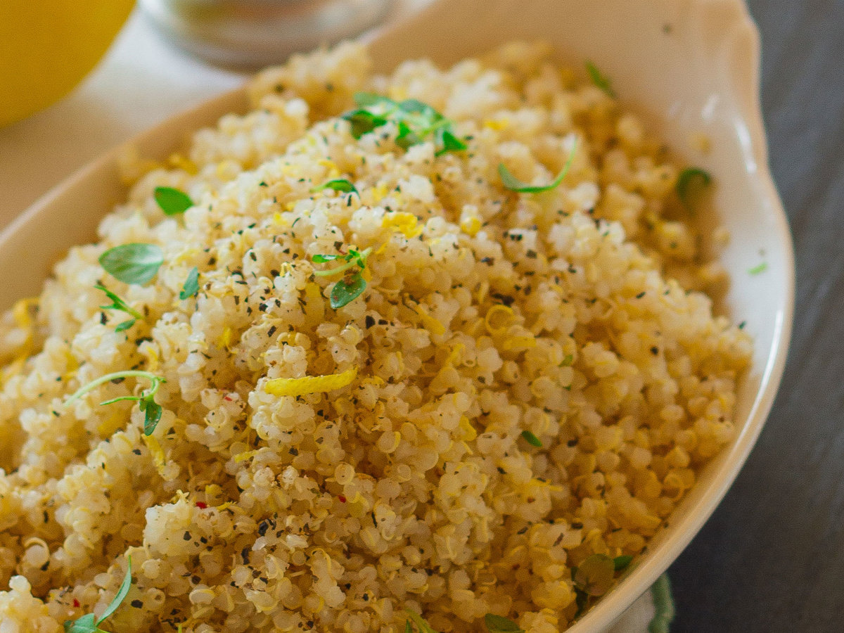 original-201311-r-herbed-quinoa-with-lemon-and-pepper.jpg