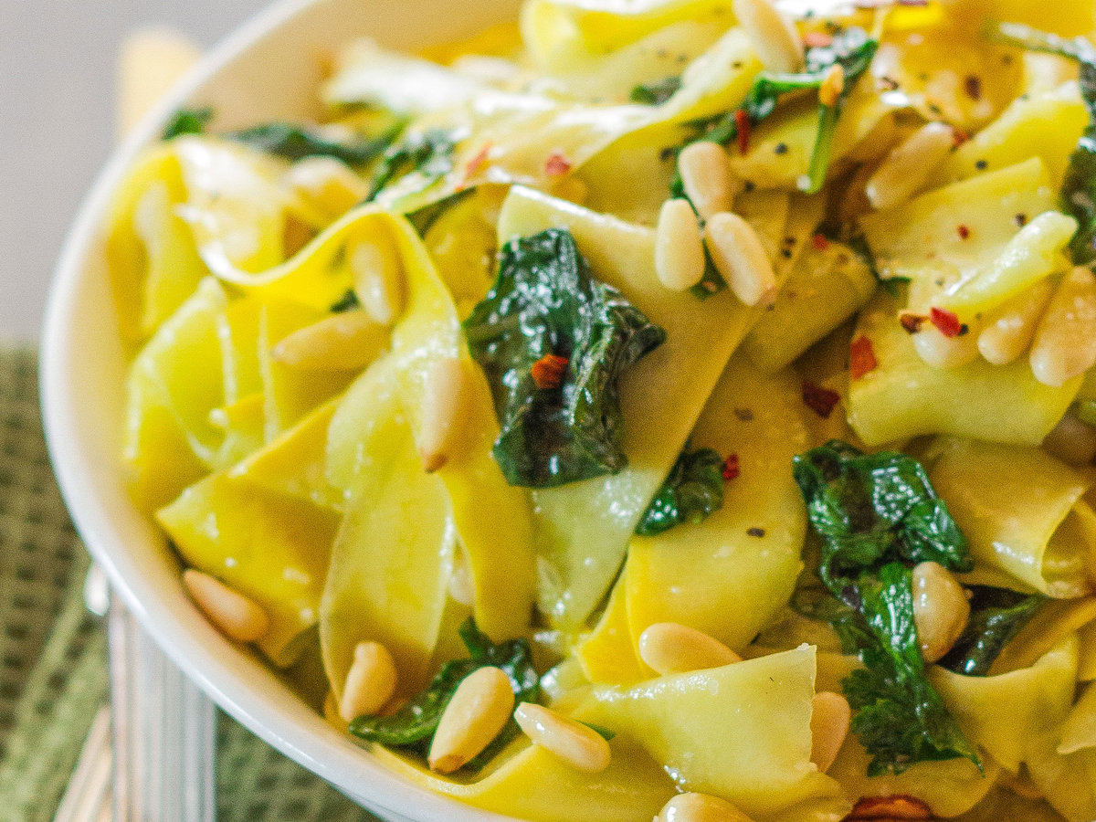 original-201311-r-sauteed-yellow-squash-with-basil-and-pine-nuts.jpg