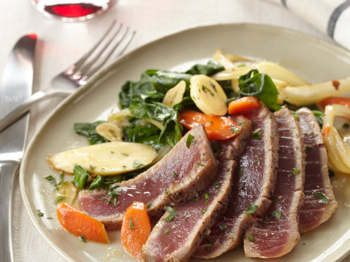201012-r-seared-tuna.jpg