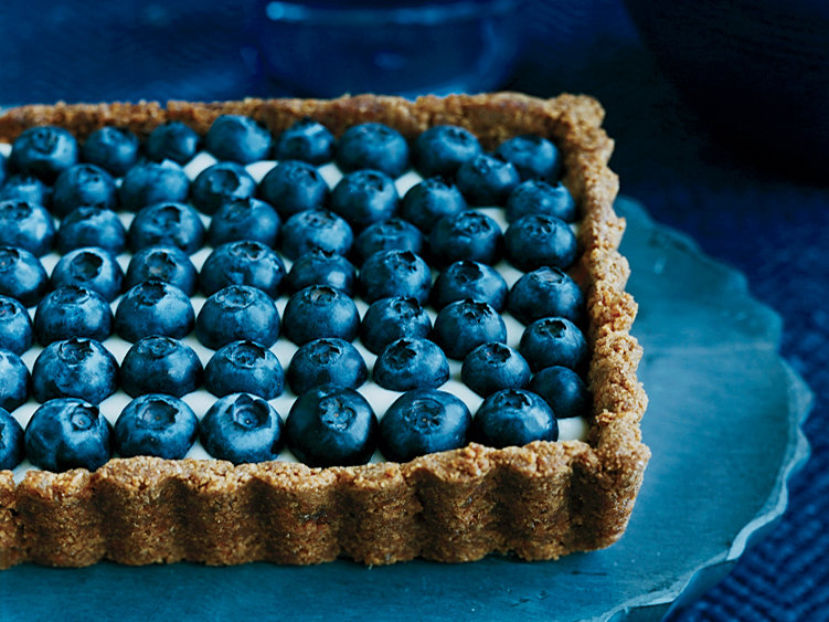 200903-r-yogurt-blueberry-tart.jpg