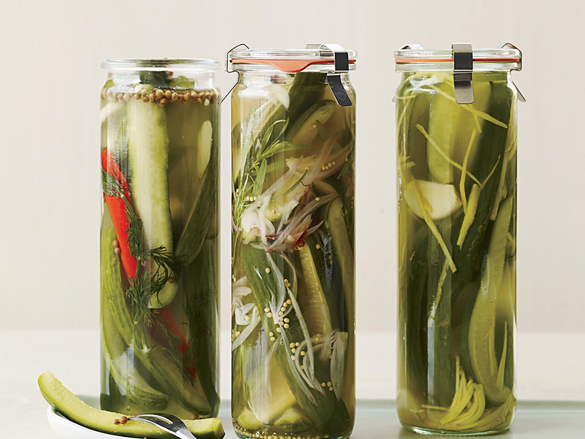 200908-r-spicy-dill-pickles.jpg