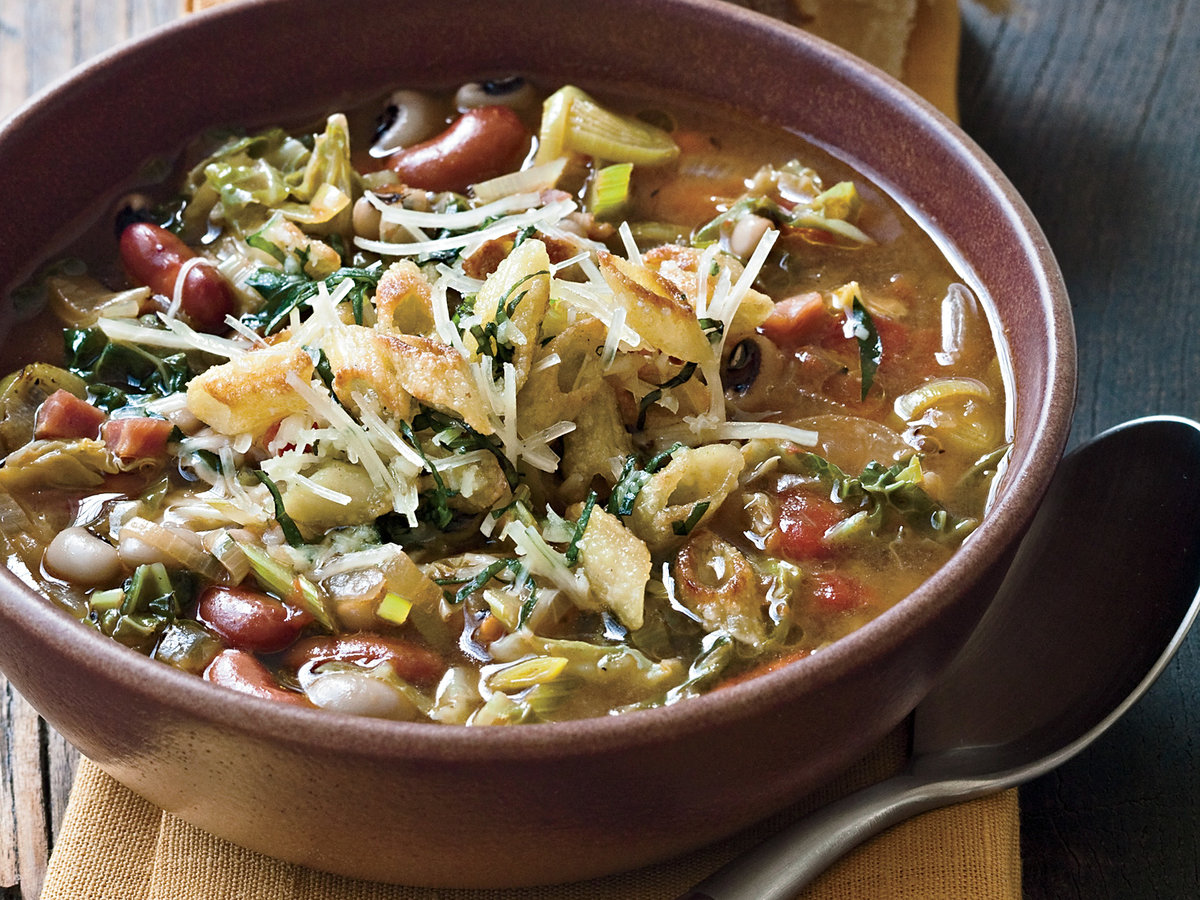 200911-r-minestrone-peas-and-beans.jpg