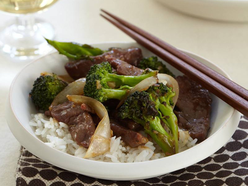 200912-r-beef-and-broccoli.jpg