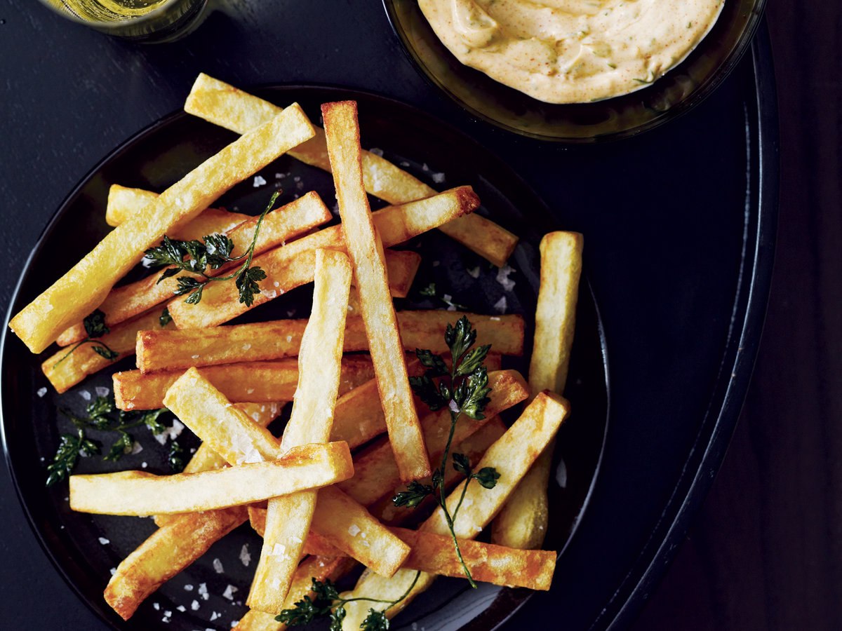 2010-r-cocktails-fries-with-aioli.jpg