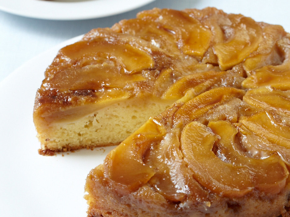 Upside Apple Cake