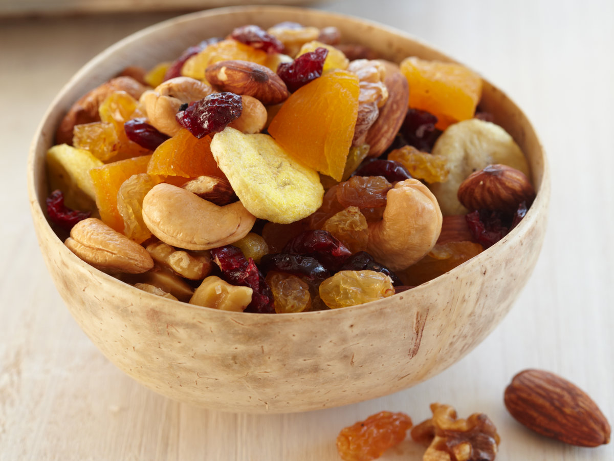 201012-r-fruit-nut-trail-mix.jpg