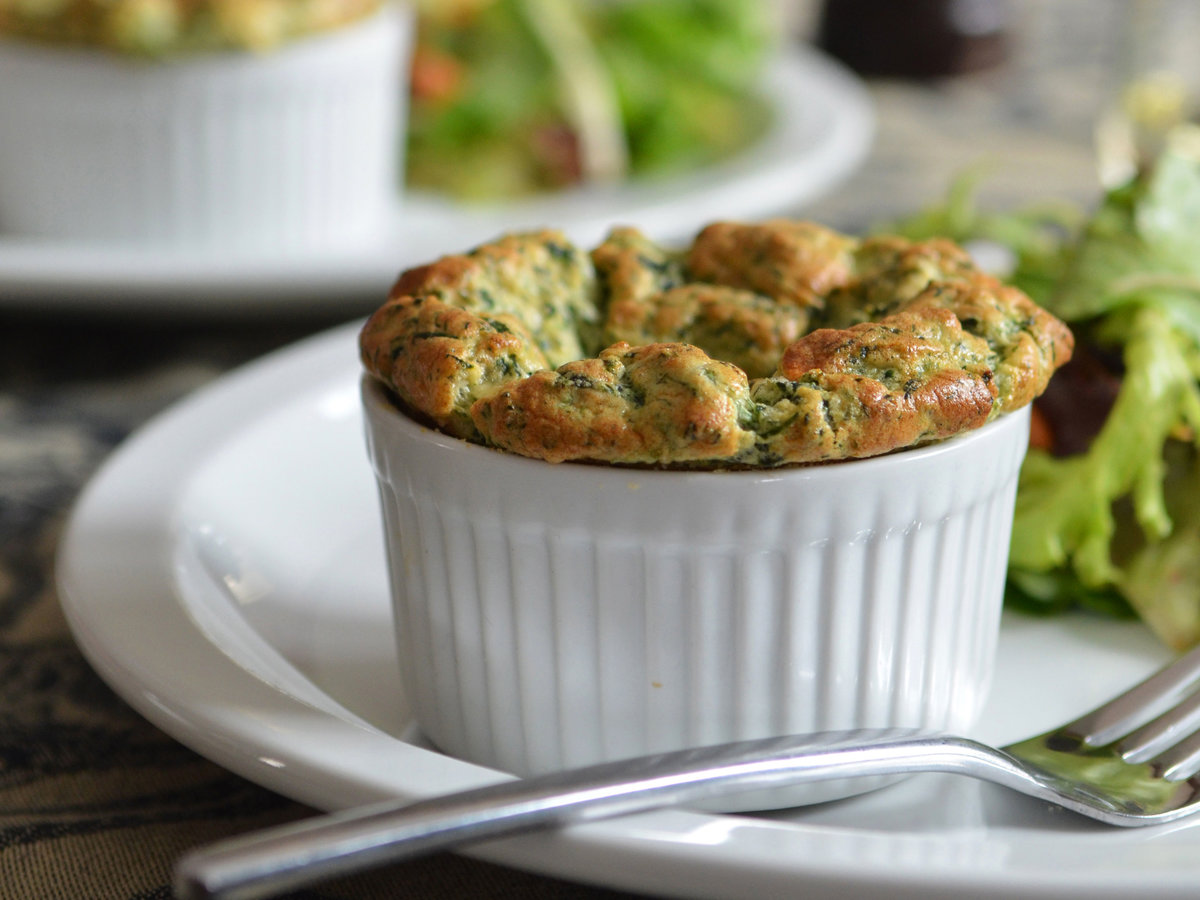 original-201405-r-easy-spinach-souffles.jpg