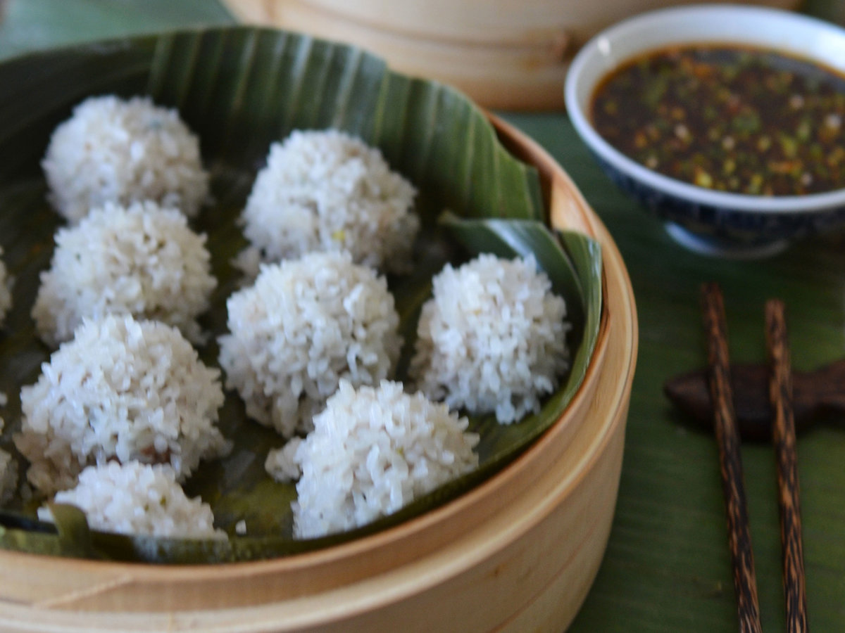 original-201403-r-pearl-rice-balls-with-ginger-sesame-sauce.jpg