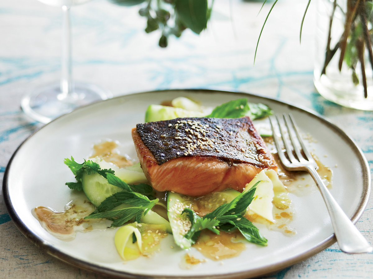 201106-r-salmon-with-salad.jpg