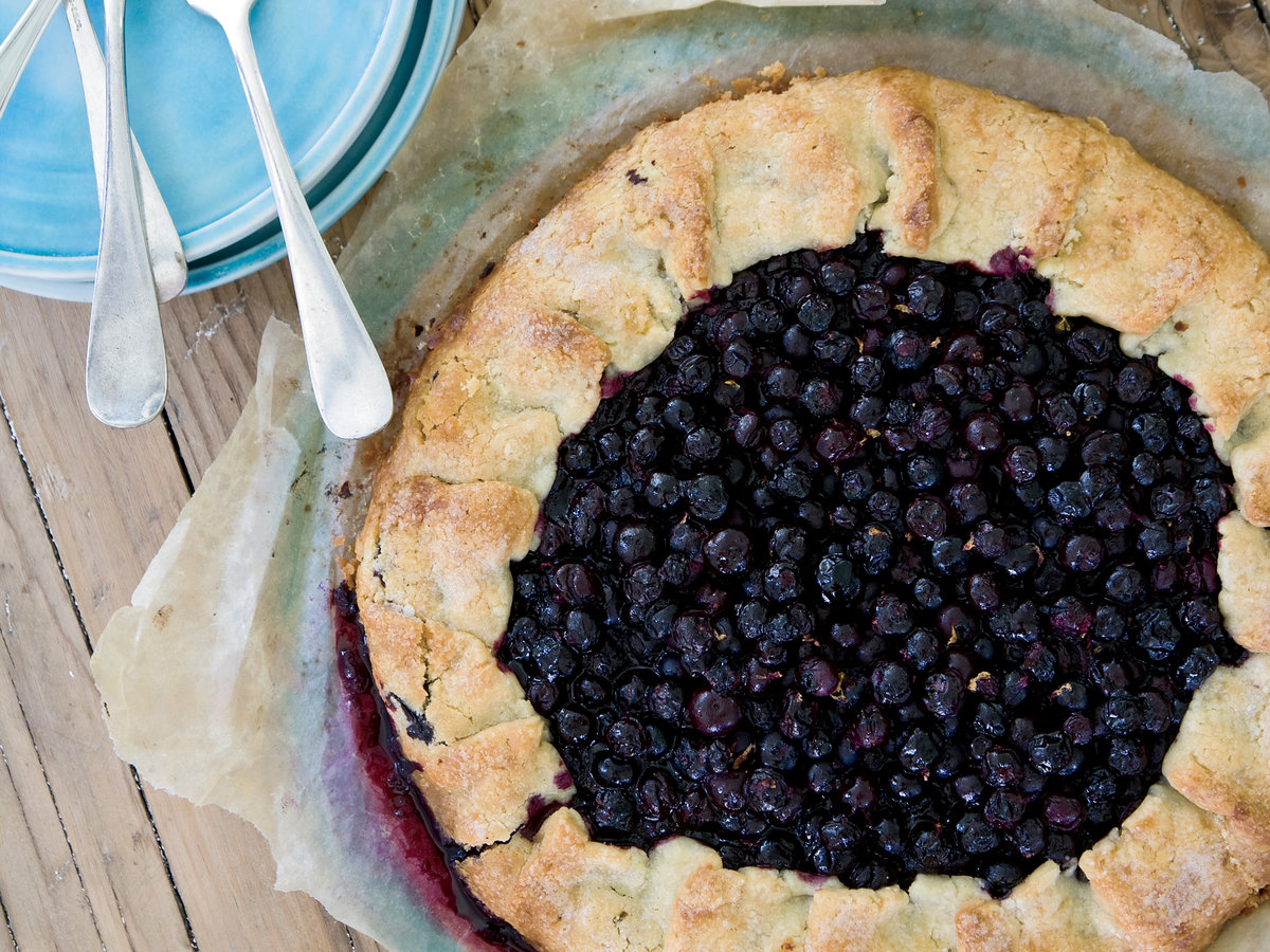 201108-r-blueberry-tart.jpg