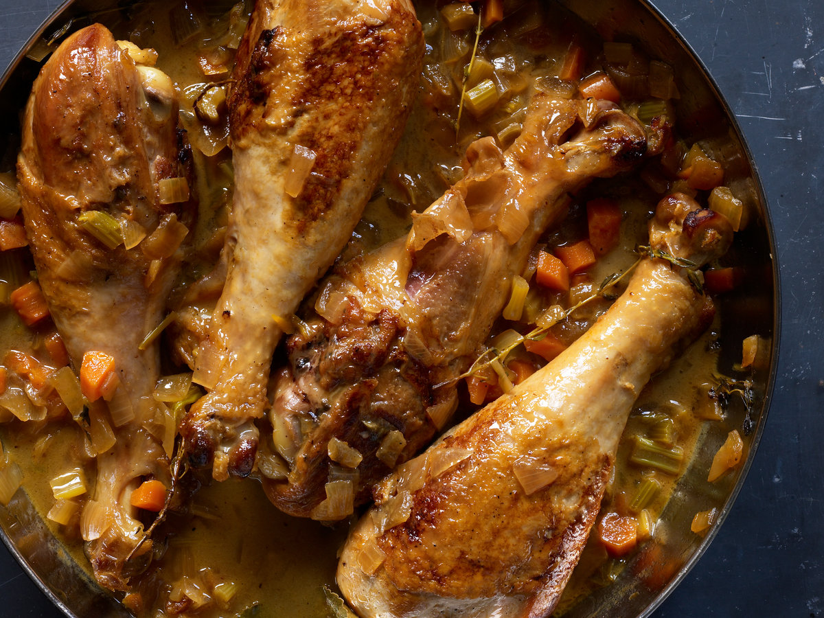 201109-r-apple-cider-braised-turkey-legs.jpg