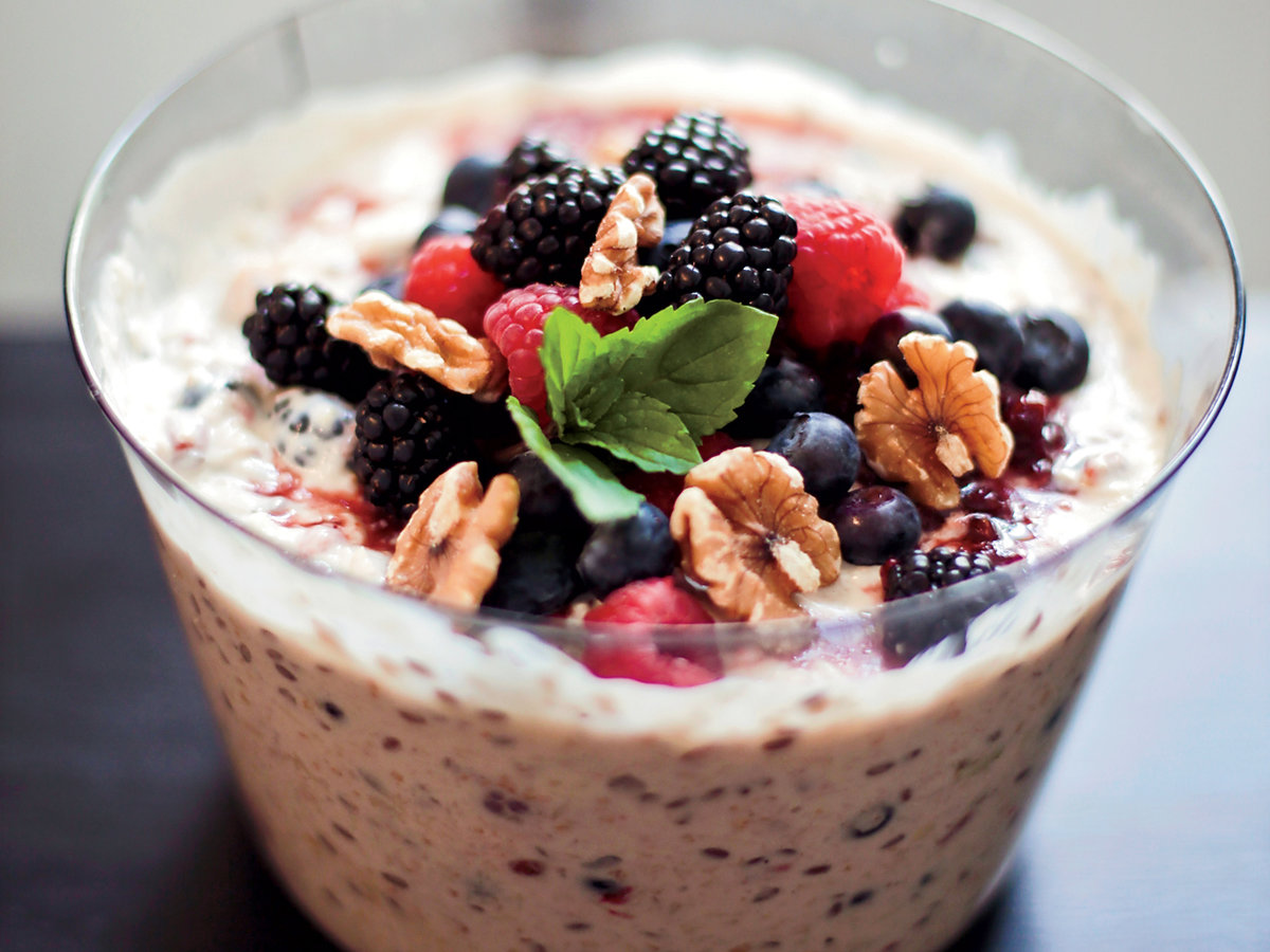 201111-r-apple-muesli-with-goji-berries.jpg