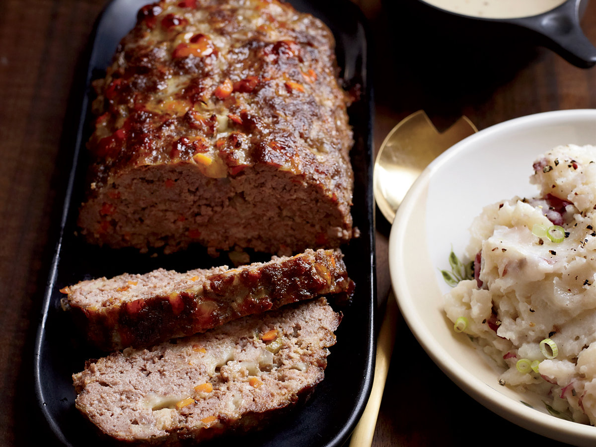 201111-r-meat-loaf-with-creamy-onion-gravy.jpg