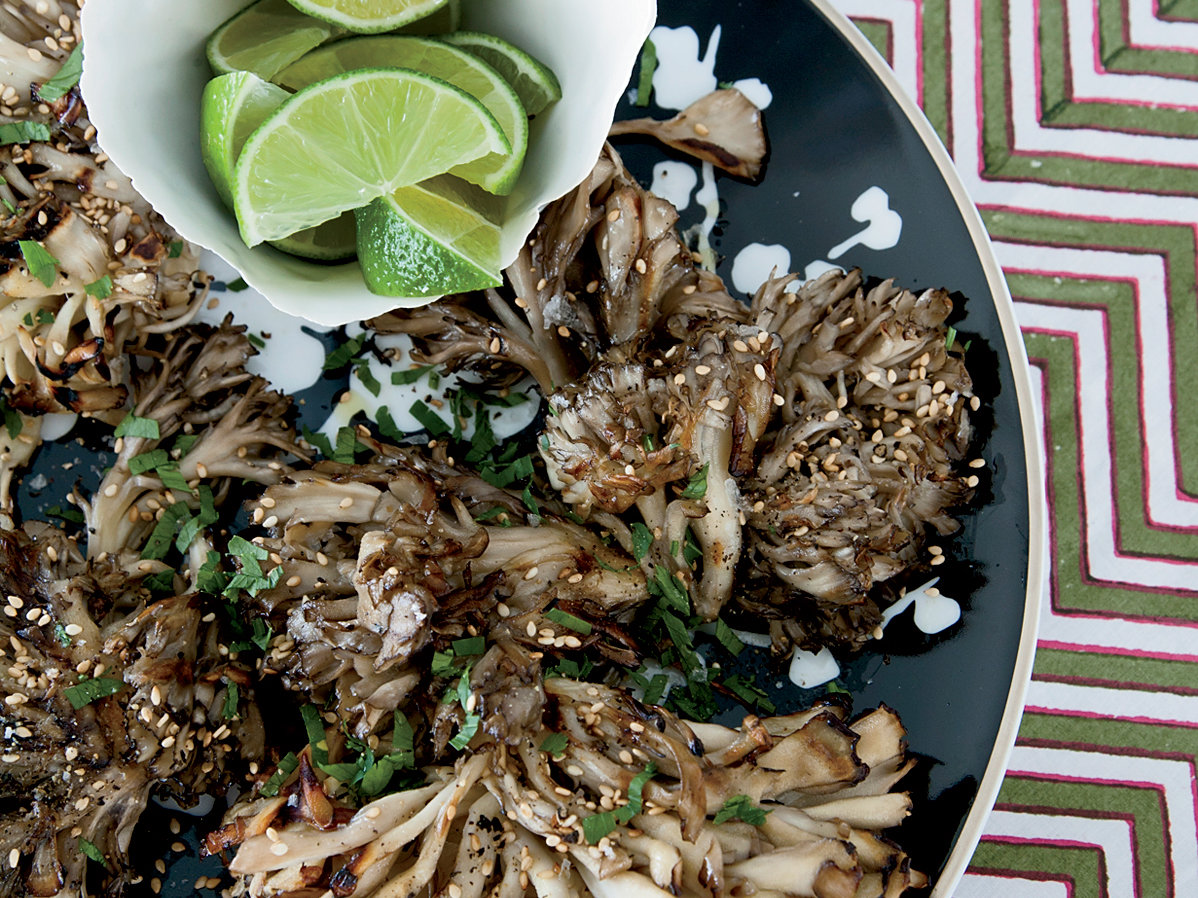 images-sys-201112-r-grilled-hen-of-the-woods-mushrooms-with-sesame.jpg