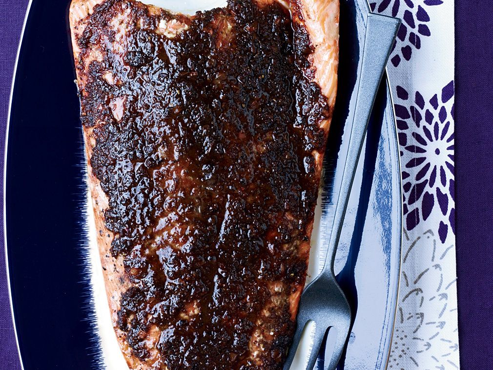 images-sys-201112-r-slow-roasted-salmon-with-tamarind-ginger-and-chipotle.jpg