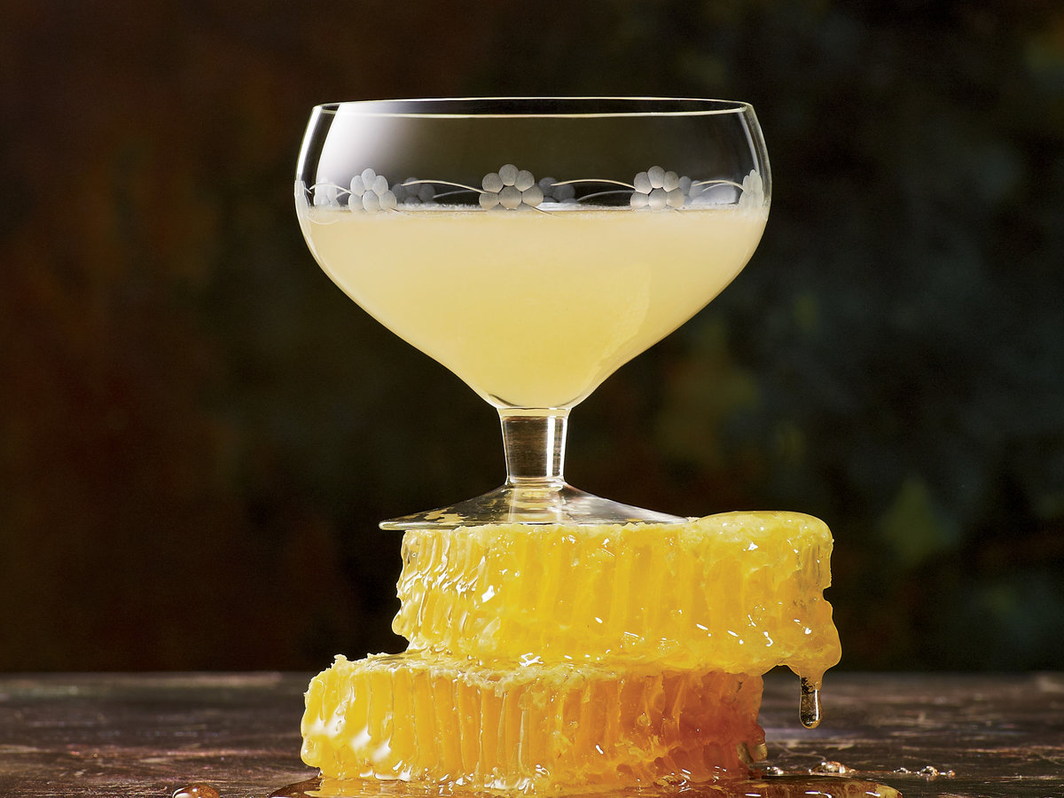 original-2012-cocktails-c-bees-knees.jpg