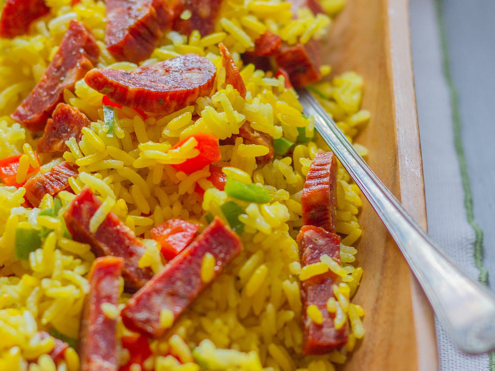 original-201402-r-arroz-con-chorizo-puerto-rican-rice-with-sausage.jpg