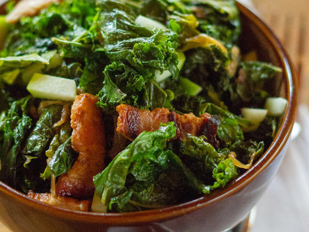 original-201402-r-braised-kale-with-bacon-and-apple.jpg