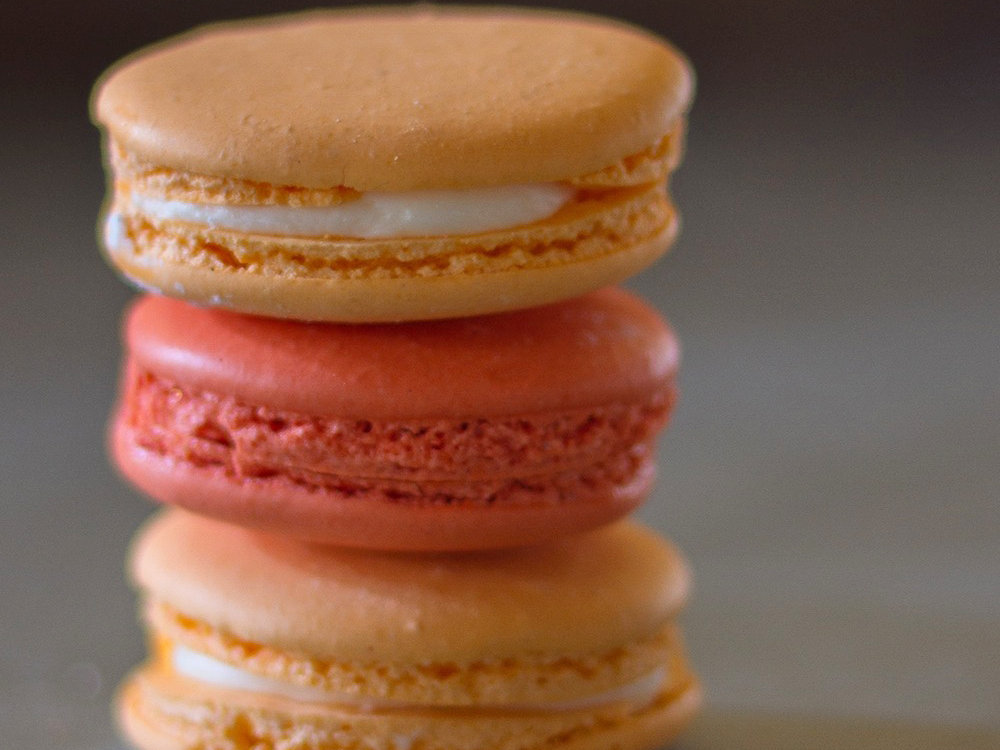 original-201402-r-classic-french-macarons.jpg