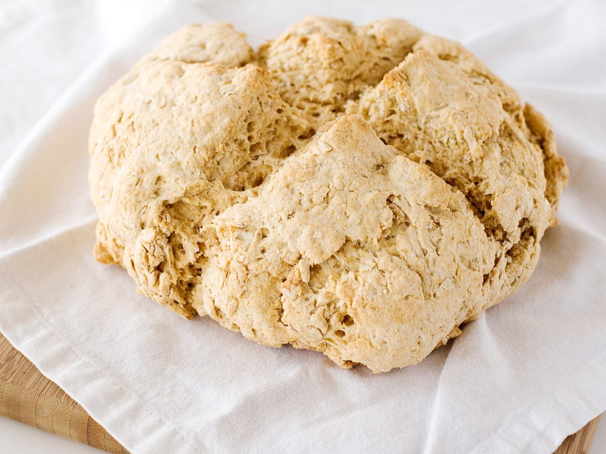 images-sys-201202-r-irish-soda-bread.jpg