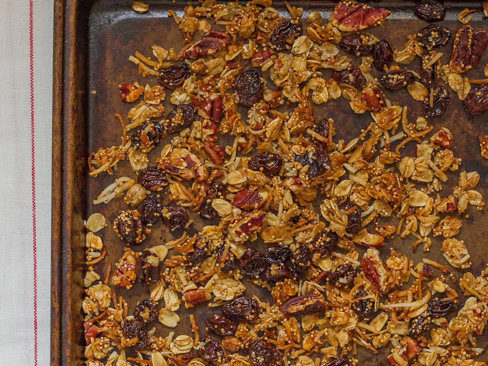 original-201402-r-maple-amaranth-granola.jpg