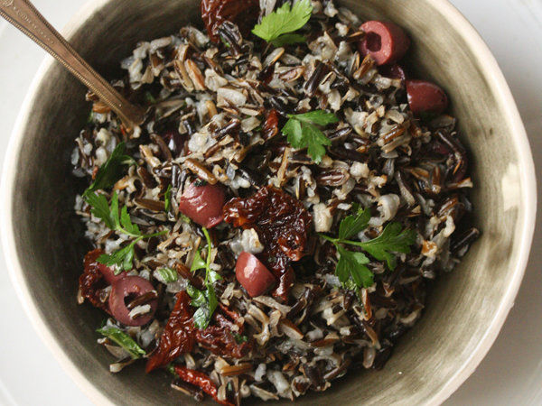 original-201401-r-mediterranean-wild-rice-with-olives-and-tomatoes.jpg