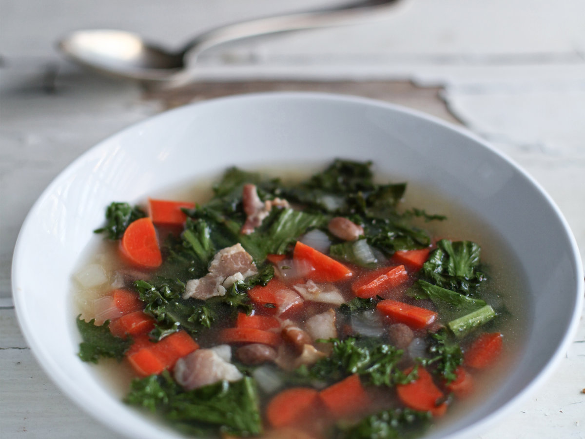 original-201203-r-blogger-smoky-escarole-and-carrot-soup.jpg