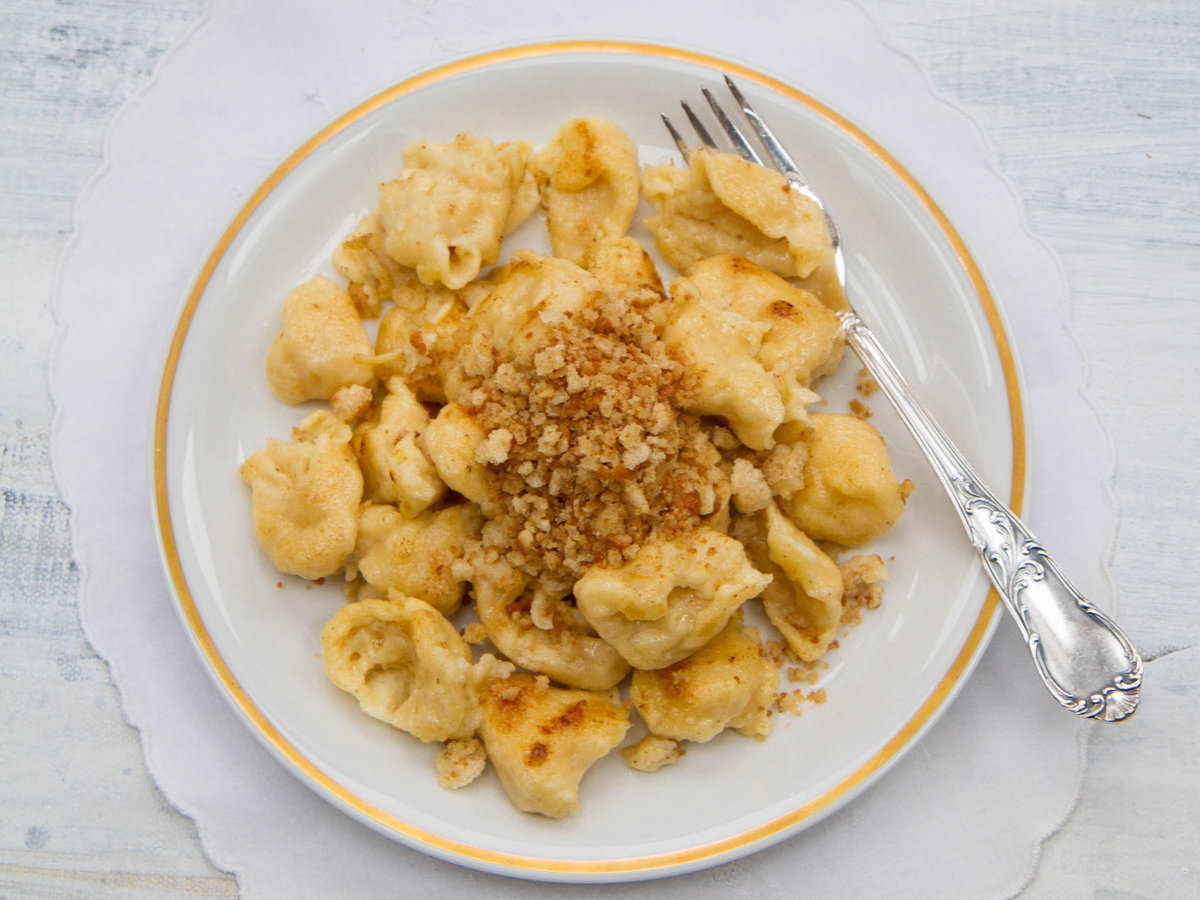 original-201303-r-spaetzle-with-buttery-japanese-bread-crumbs.jpg