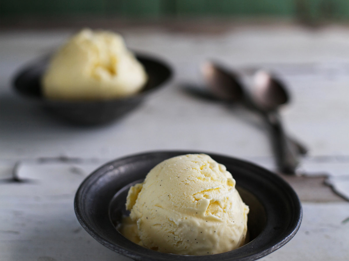 original-201203-r-blogger-vanilla-ice-cream.jpg