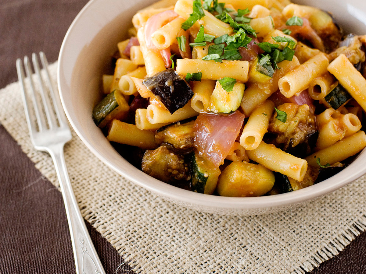 images-sys-201202-r-ziti-with-roasted-vegetables.jpg