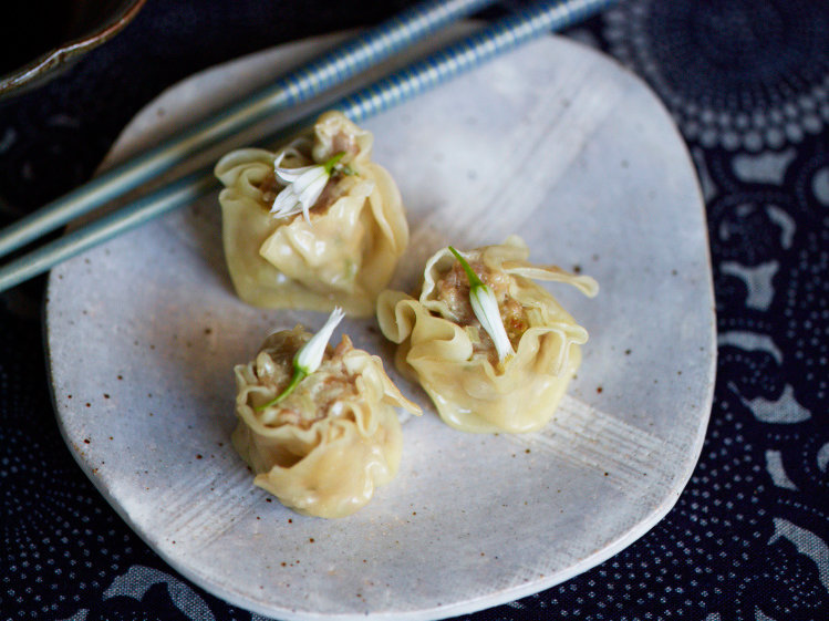 images-sys-201203-r-shumai-with-crab-and-pork.jpg