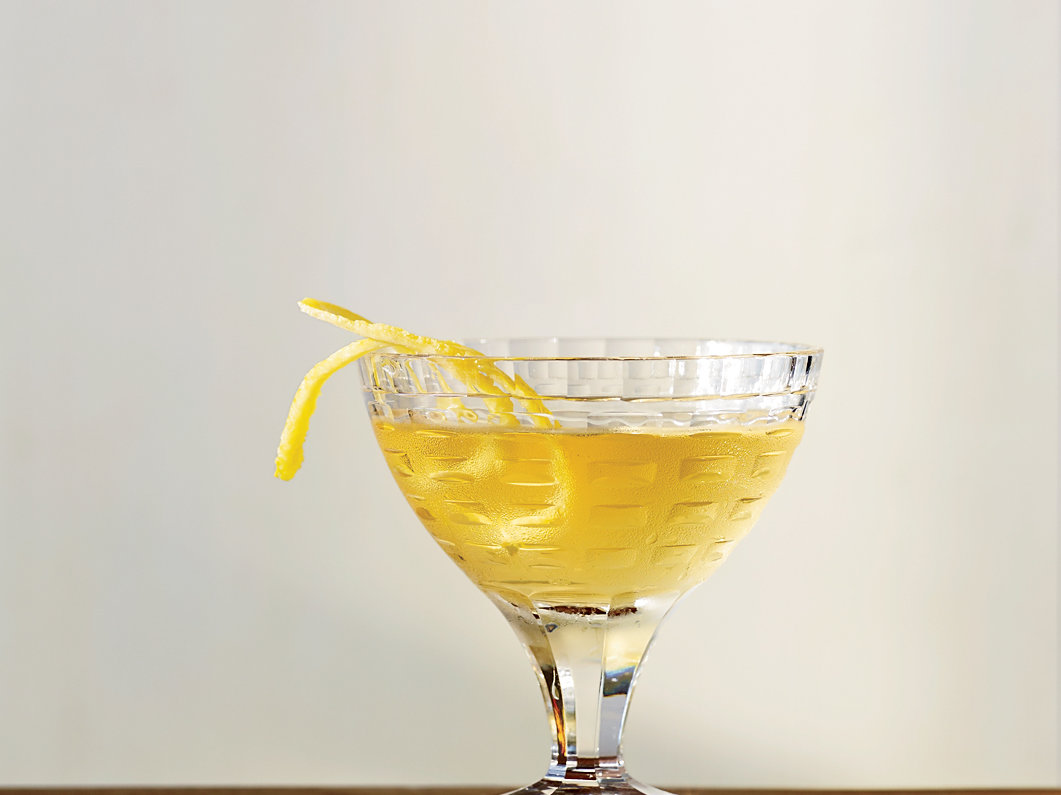 original-201210-r-aged-white-manhattan.jpg