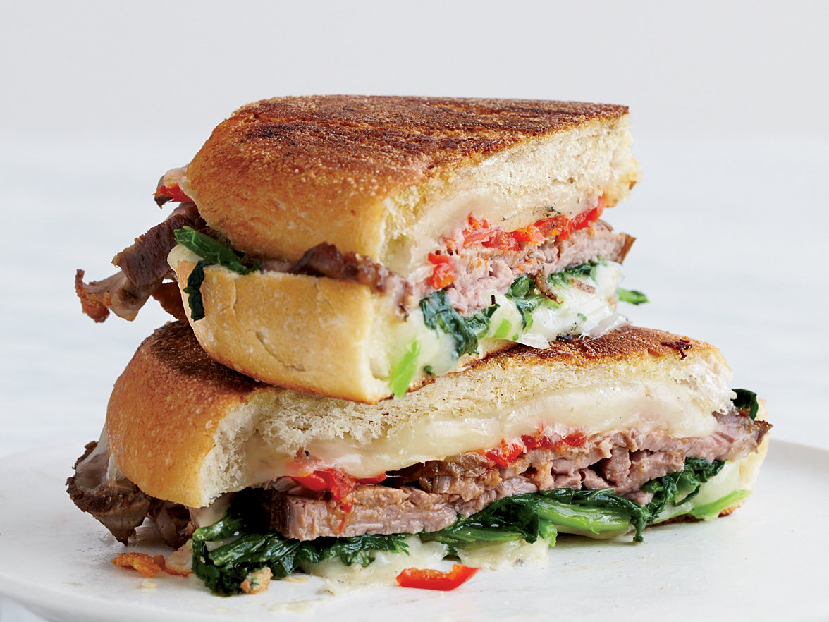 original-201210-r-beef-broccoli-rabe-and-provolone-panini.jpg