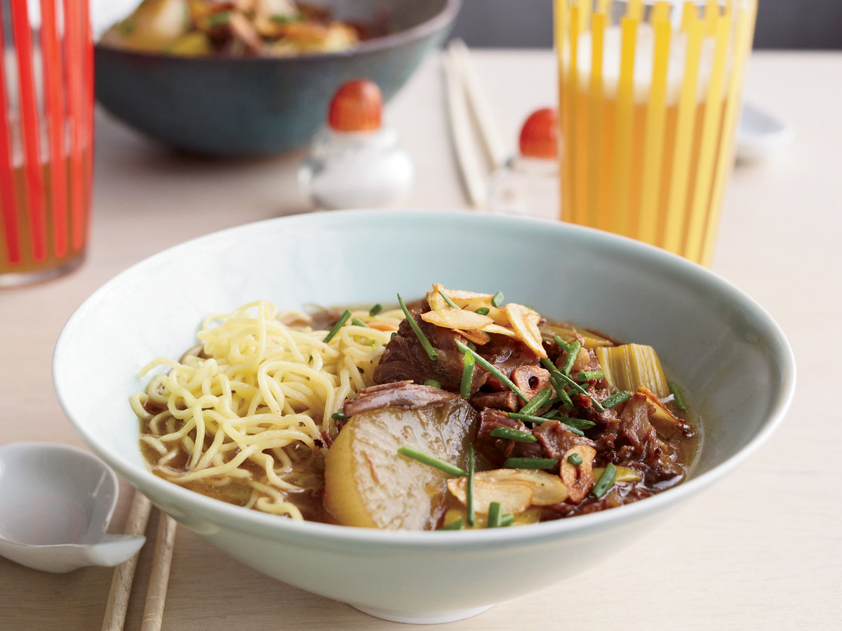 <p>Oxtail Soup with Daikon and Ramen Noodles</p>