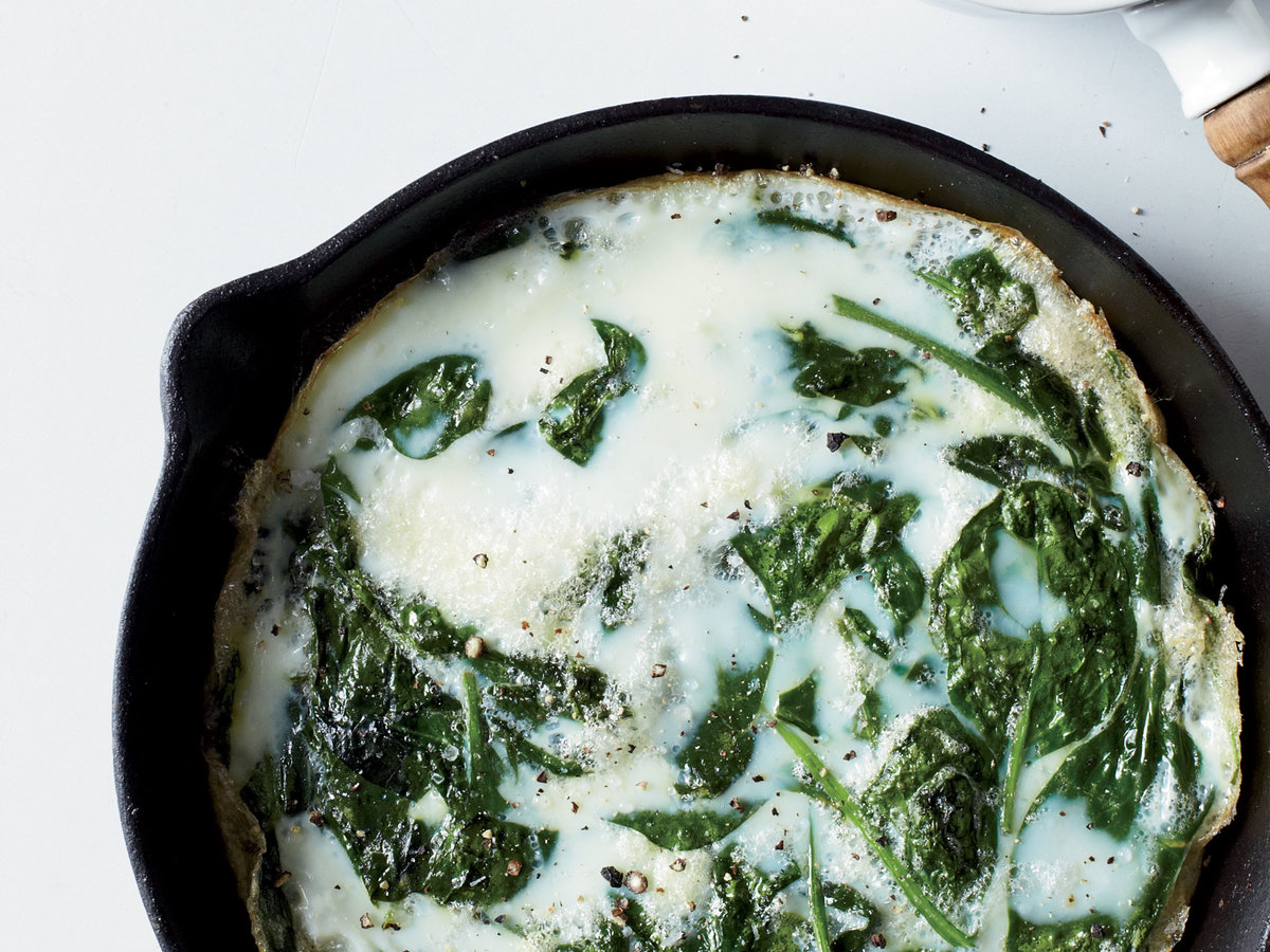 <p>Egg White & Spinach Frittata with Salsa Ranchera</p>