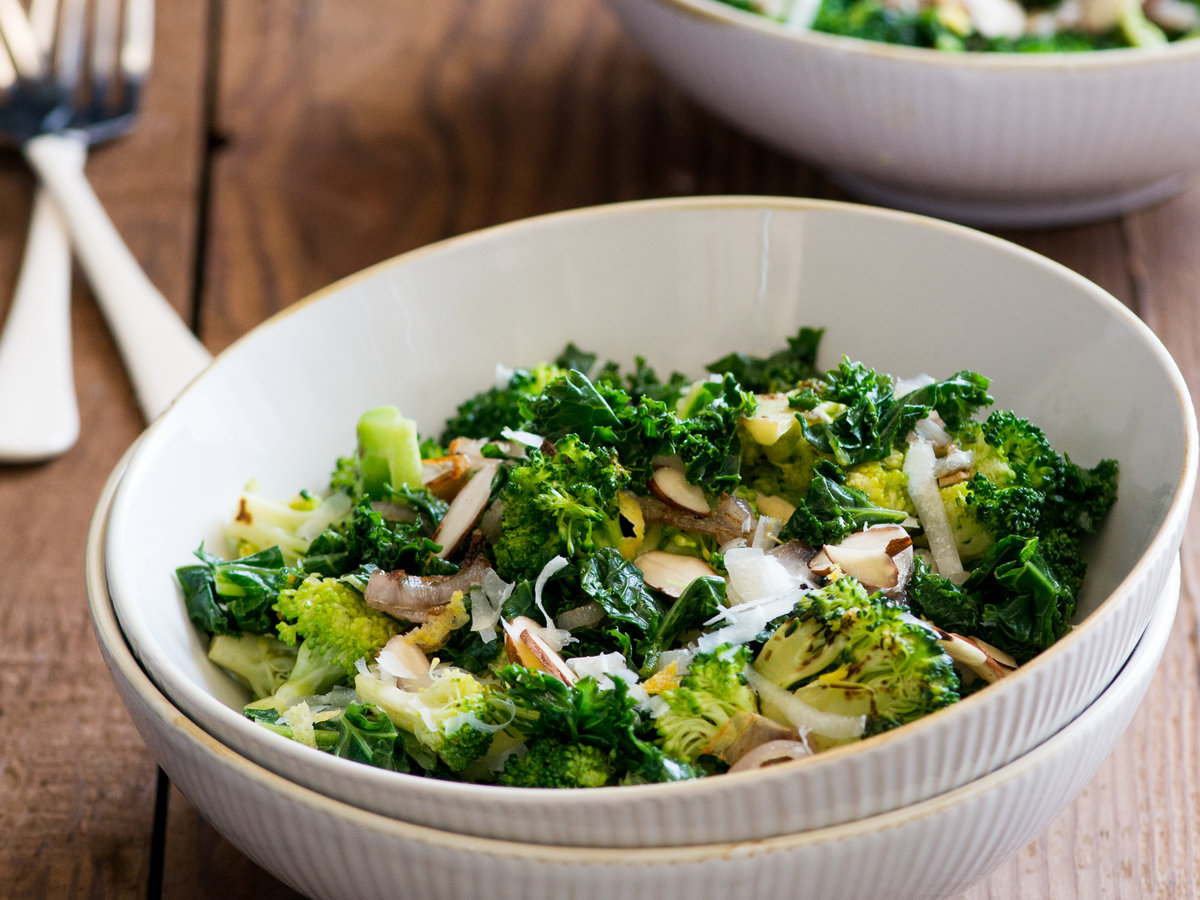 original-201310-r-broccoli-and-kale-stir-fry-with-sliced-almonds.jpg