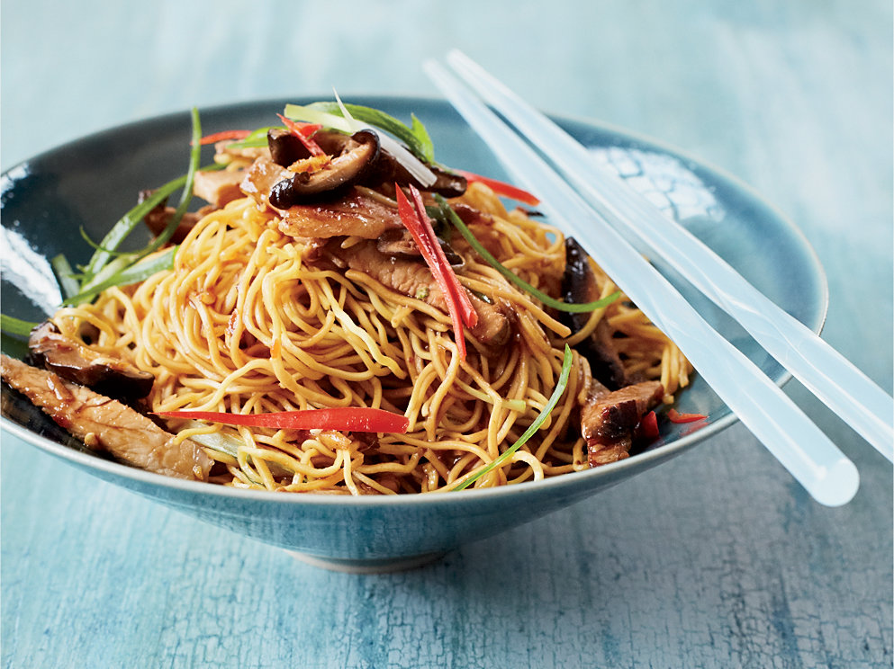 original-201301-r-stir-fried-noodles-with-roast-pork.jpg