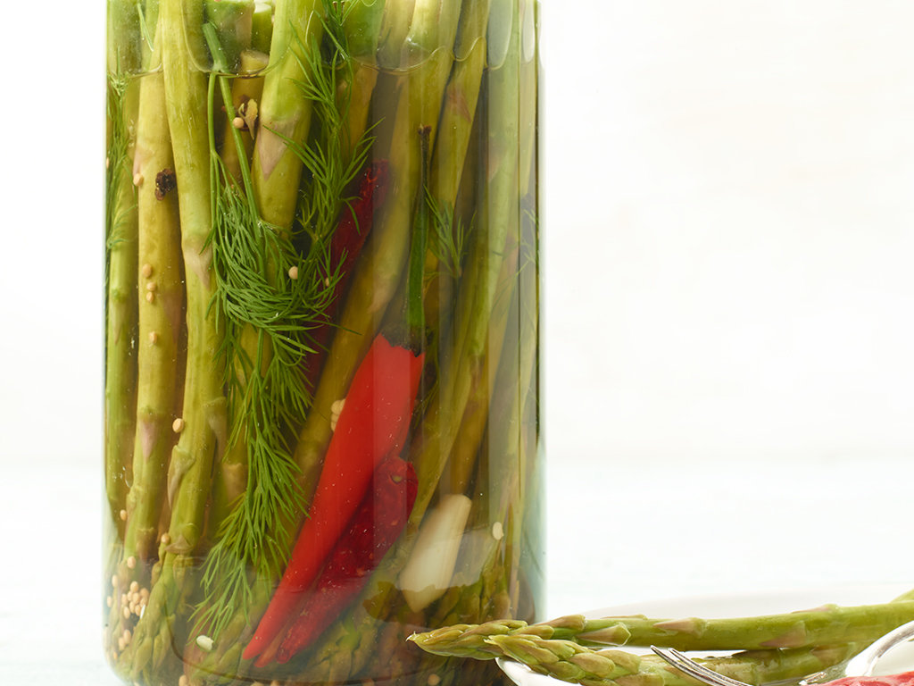 original-201304-r-asparagus-pickles.jpg