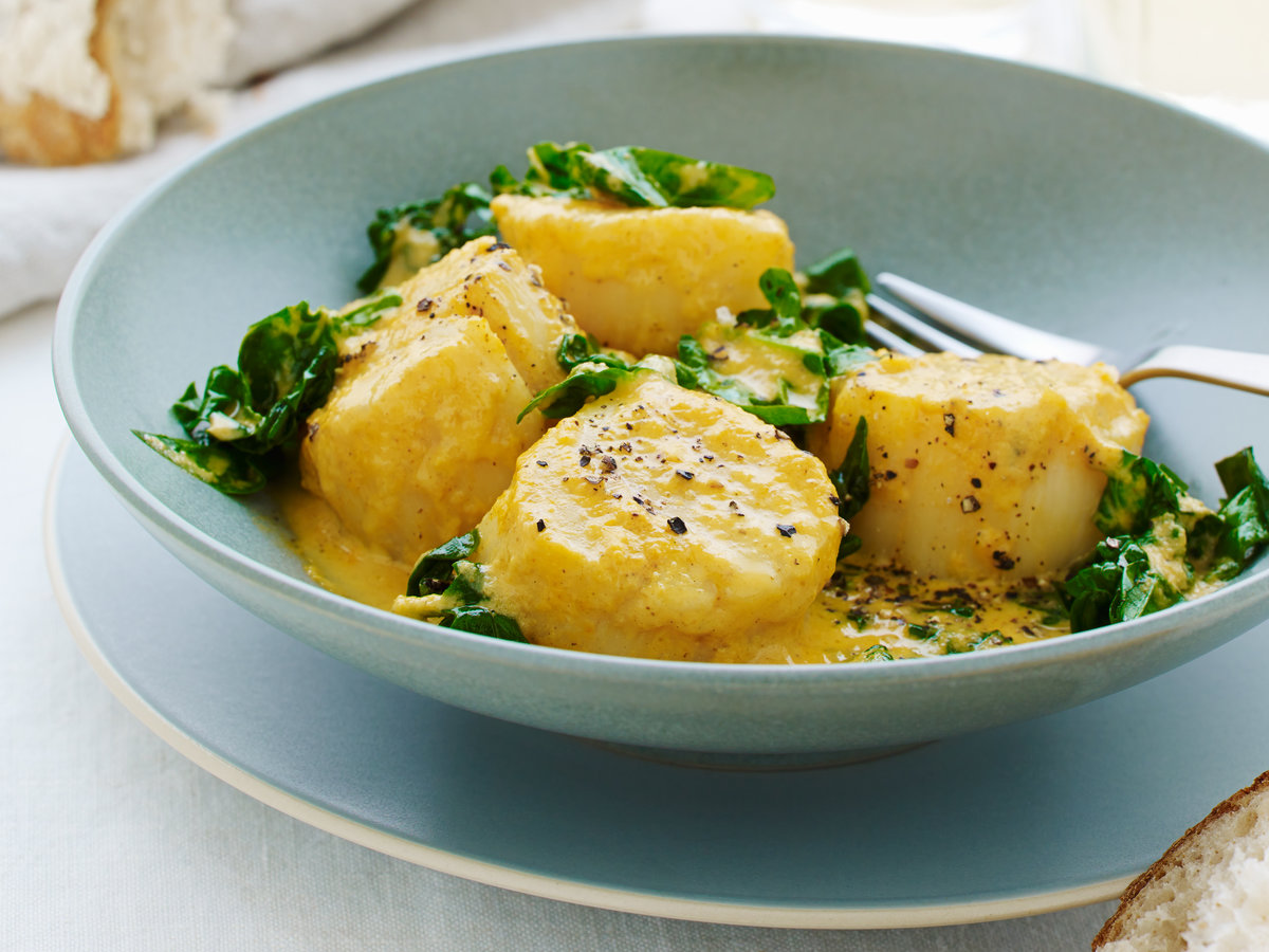 original-201305-r-curried-scallops-with-spinach.jpg