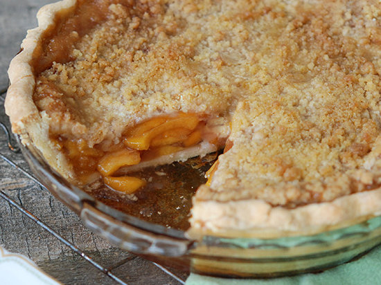 original-201306-r-zimmern-deep-dish-peach-streusel-pie-with-ginger.jpg
