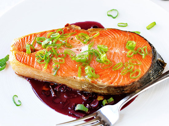 Salmon with red wine sauce recipe quick from scratch for Red fish sauce
