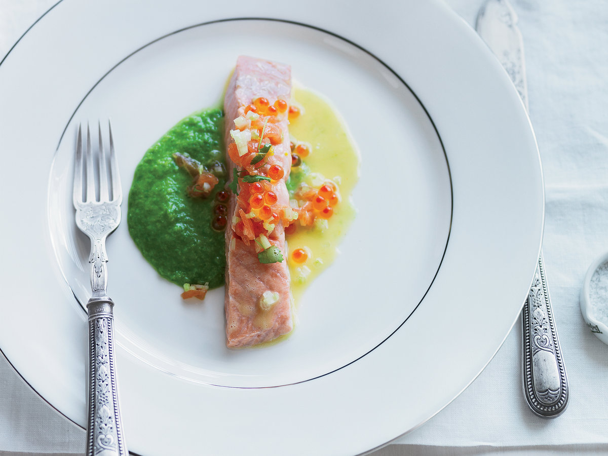 original-201307-r-salmon-with-pea-wasabi-puree-and-yuzu.jpg