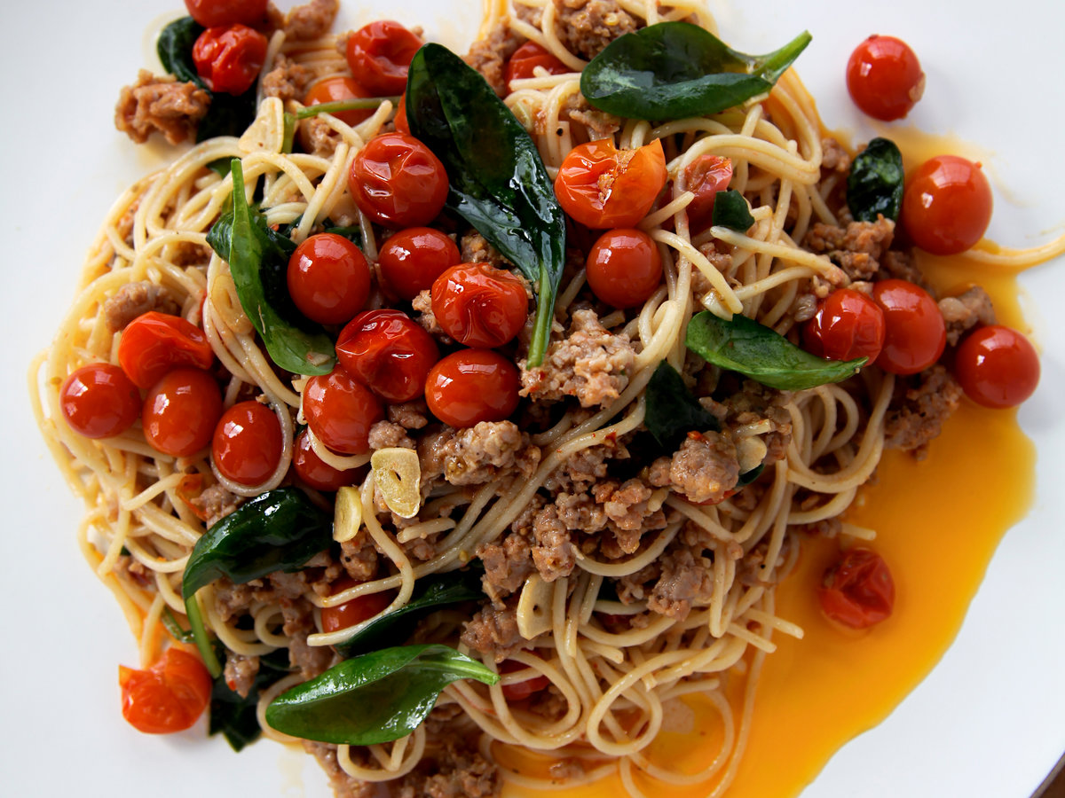 original-201307-r-spaghettini-with-sausage-tomatoes-and-spinach.jpg