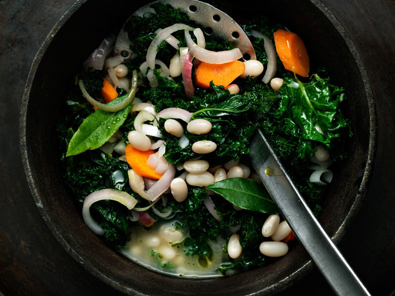 original-201307-r-tangy-braised-collard-greens-with-white-beans-and-lime.jpg