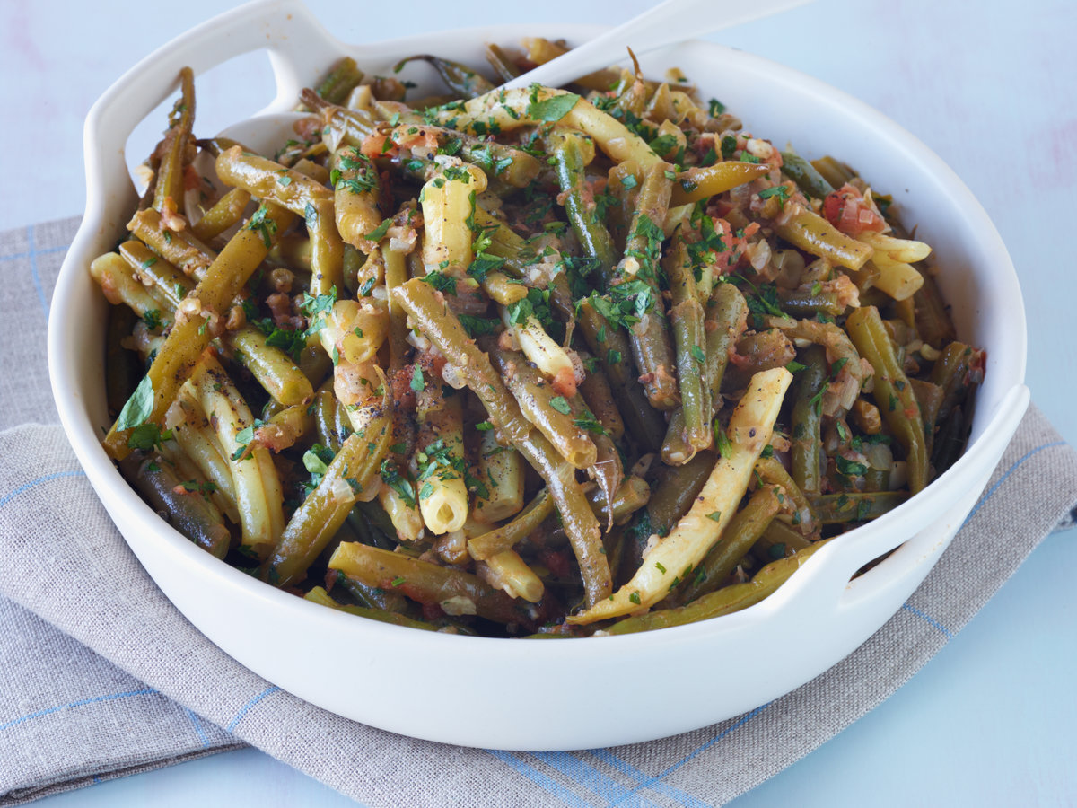 original-201307-r-traci-des-jardins-slow-cooked-green-and-yellow-beans.jpg